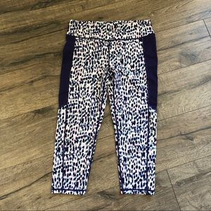 Mona B Spotted Capri Legging Large